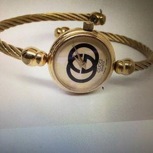 Gucci Goldtone Quartz Bracelet Watch